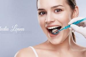 Bělení zubů LED lampou a bezperoxidovým gelem...