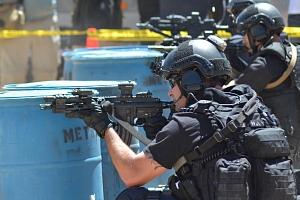 Výcvik jednotky rychlého nasazení SWAT...