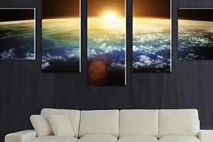 Obraz z 5 dílů se západem slunce nad zeměkoulí...