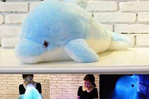 Svítící LED polštář - Delfínek...