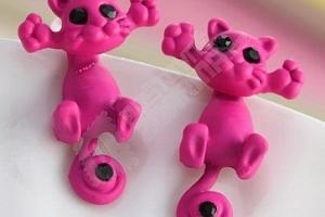 Roztomilé 3D náušnice v podobě kočičky...