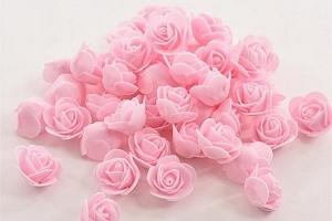 50 kusů pěnových růží k dekorování...
