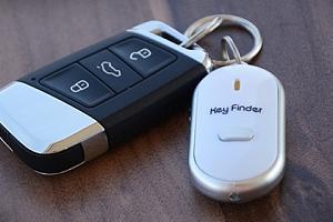 Hledač klíčů - chytrý přívěsek s lokalizátorem...
