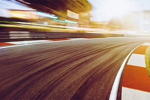 3 kola jako řidič v 5 supersportech od Racing Motors...
