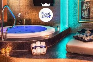 Pravá romantika v luxusní vířivce či finské sauně za zvuků přírody...