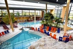 Maďarsko v Ostřihomi hotelu přímo propojeném s termály...