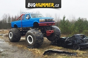 25 min jízdy v Hummer Monster Truck HX na tankodromu Milovice...