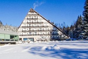 Vysočina v Hotelu SKI  s polopenzí a bohatým wellness...