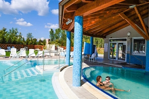 Thermal Park Egerszalók s polopenzí a bazény...