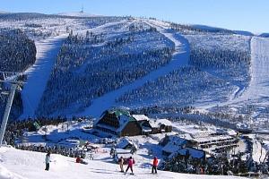 Celodenní skipas do ski areálu Červenohorské sedlo
