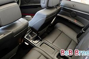 Tepování extrakční metodou či ozonové čištění interiéru vozu...