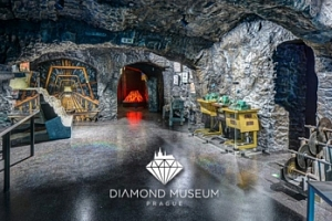 Rodinné vstupné do Muzea diamantů + dárek...