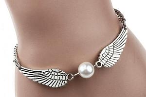 Dámský náramek s andělskými křídly a perlou...
