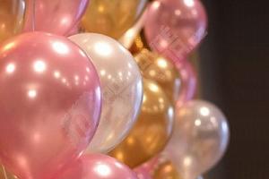 Sada balónků v perleťových barvách 20 ks...