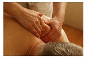 Relaxační masáž zad a šíje 5 x...