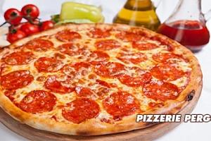 Pizza o průměru 35 cm...