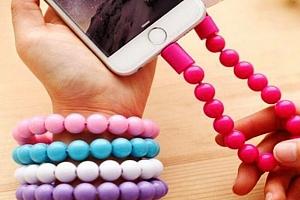USB nabíjecí náramek v 5 barvách...