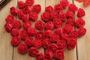Umělé květy růží - 50 kusů...