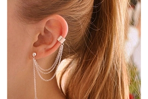 Náušnice s řetízkem na jedno ucho...