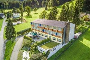 Rakouské Alpy v hotelu Sonnhof *** s wellness, polopenzí a slevovou kartou...