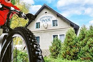 3–8denní pobyt pro 2 s možností polopenze v hotelu Landštejnský dvůr*** v jižních Čechách...