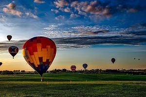 Let balonem nad Prahou...