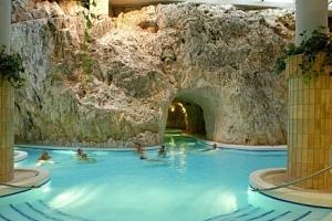 Miskolc Tapolca se vstupem do jeskynních lázní a wellness v Hotelu Fortuna ***...
