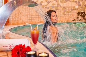 Hotel Piroska**** v lázních Bükfürdö s wellness a polopenzí...
