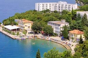 Léto na ostrově Krk na 7 nocí u pláže pro 1 osobu s polopenzí...