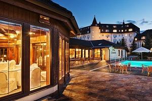3–5denní luxusní wellness pobyt s polopenzí pro 2 osoby v hotelu SEN**** v Senohrabech...