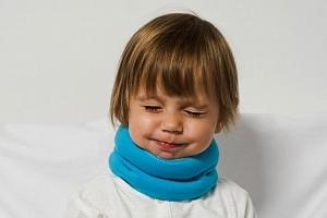Zábalový pás proti bolestem v krku nebo šíje pro malé i velké v různých barvách...