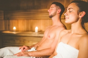 Jižní Morava: Romantika se saunou, vínem a polopenzí v Penzionu U Tří Jasanů...