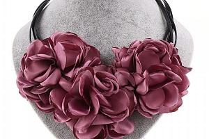 Vintage náhrdelník s květinami a poštovné ZDARMA!...