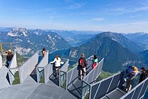 Celodenní zájezd pro 1 k Dachsteinu v Rakousku...