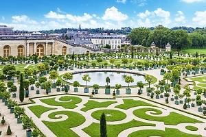 5denní poznávací zájezd pro 1 do Paříže s prohlídkou Versailles a La Defense...