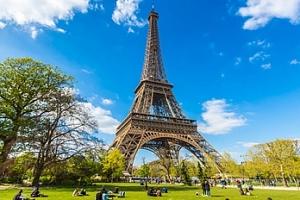 Magická nebo muzejní Paříž ve 4 dnech s 1 nocí a snídaní...
