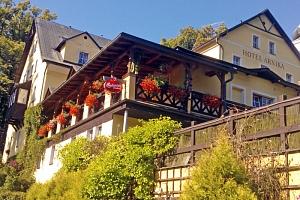 Čarokrásné Krkonoše v rustikálním hotelu s bazénem, wellness procedurami, polopenzí a několika…...