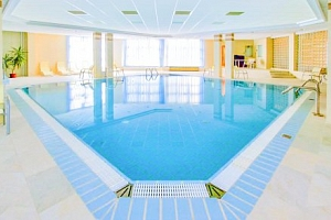 TOP pobyt v Rubin Wellness & Conference Hotelu **** na okraji Budapešti...