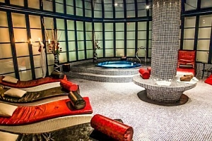 Česká Lípa: luxusní wellness v Hotelu Morris **** s polopenzí a procedurami...