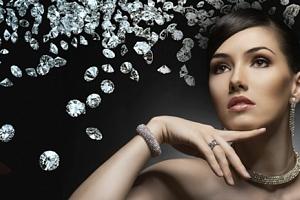 Luxusní značkové šperky či hodinky z Klenotů Buráň...