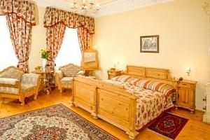 Karlovy Vary luxusně v hotelu Heluan & Ester **** s polopenzí, bazénem a masáží...