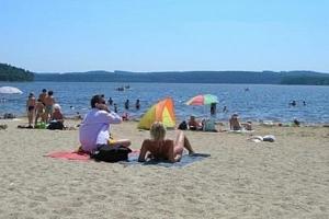 Krásná týdenní letní dovolená Lipno a Šumava v Hotelu Swing*** s bohatou polopenzí, sportem a…...