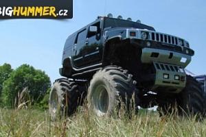 25 minut jízdy v Hummer Monster Trucku na tankodromu Milovice...