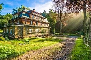 Krkonoše: Horská chata Ozon 10 km od hranic s Polskem s polopenzí a kulečníkem...