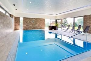 Orlické hory: Sport hotel Dolní Morava *** s polopenzí a neomezeným wellness...