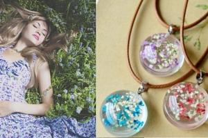 náhrdelník s květy...