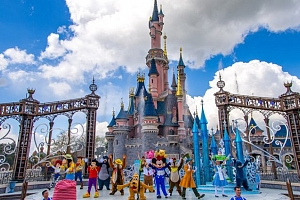 5denní zájezd pro 1 osobu do Paříže, Disneylanu, mořského světa a ZOO se snídaní...