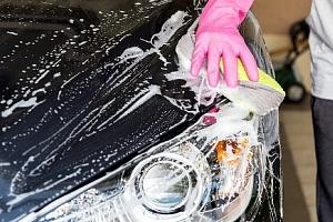 Ruční mytí vašeho vozu a aplikace NANO vosku pro ochranu laku až na 6 měsíců...