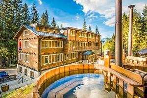 Nízké Tatry: legendární hotel Björnson s polopenzí, finskými káděmi a saunou...