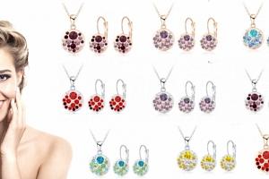 Okouzlující set náušnic a náhrdelníku v pastelových barvách s rakouskými zářivými krystaly....